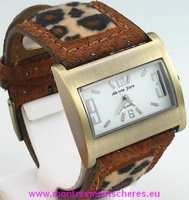 Montre femme  bracelet panthère